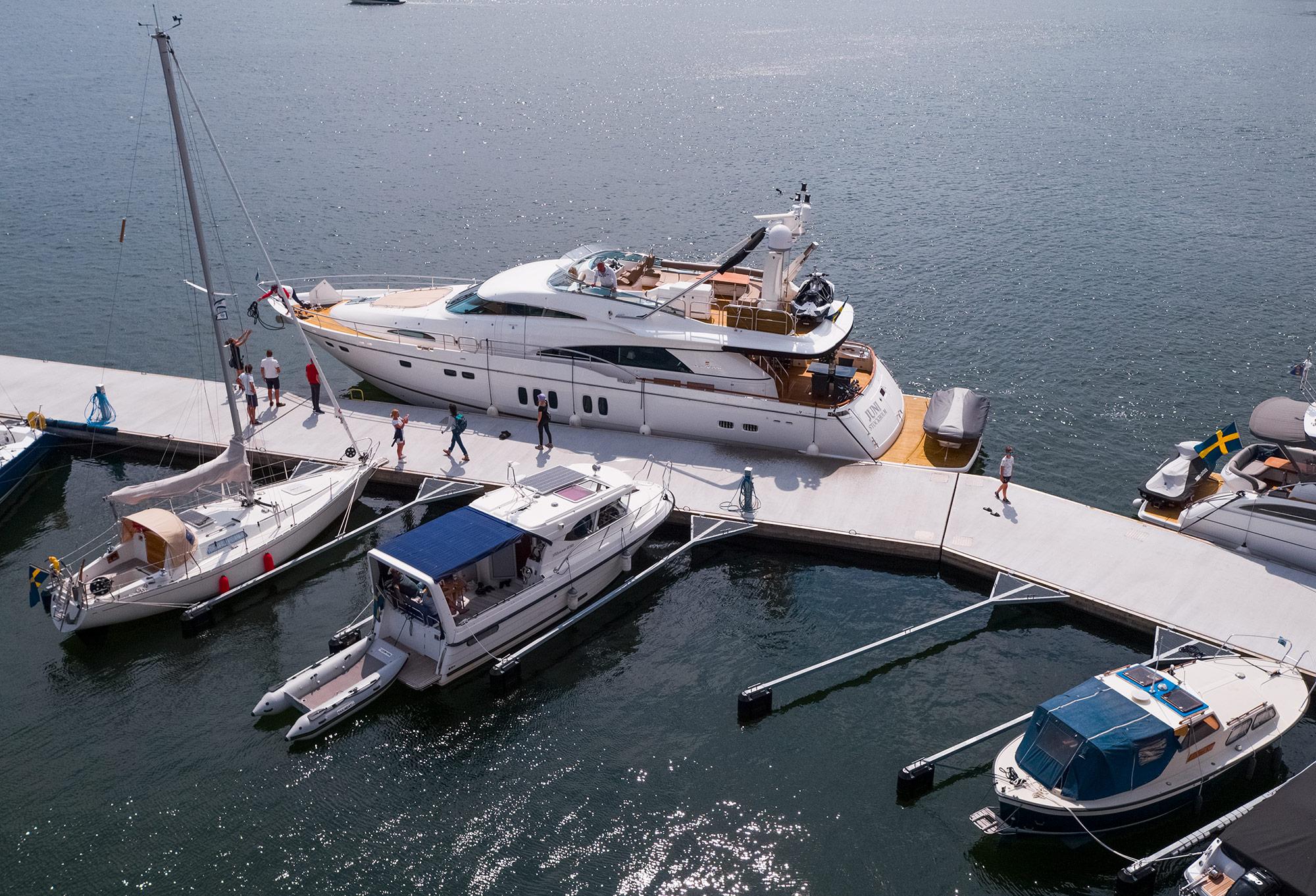 Yachtmeny som serveras direkt vid er båt